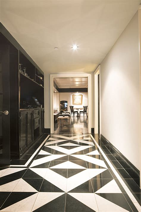 hallway decorating suggestions for the contemporary house