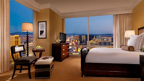 hotels in las vegas with 2 bedroom suites bedroom suites at the galleria