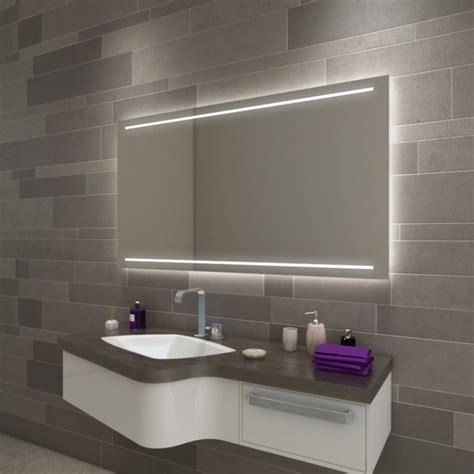 Beleuchteter Badspiegel