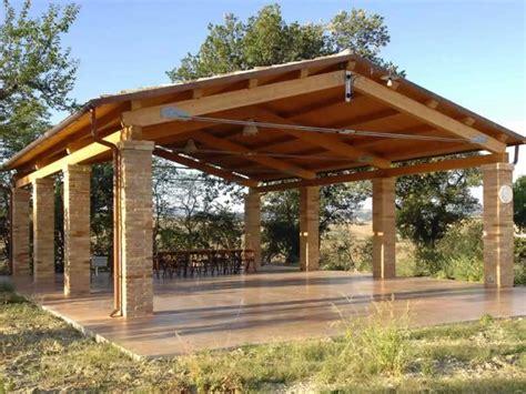 struttura gazebo in legno strutture per esterni in legno lamellare