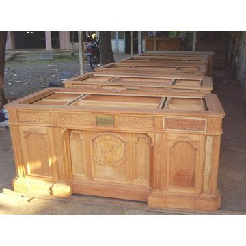 what is the resolute desk replica resolute desk global sources