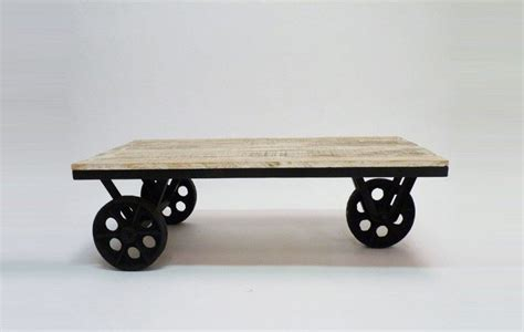 Bien Table Basse Fer Et Bois #4: Table-basse-industrielles-roulettes-mim-800x507.jpg