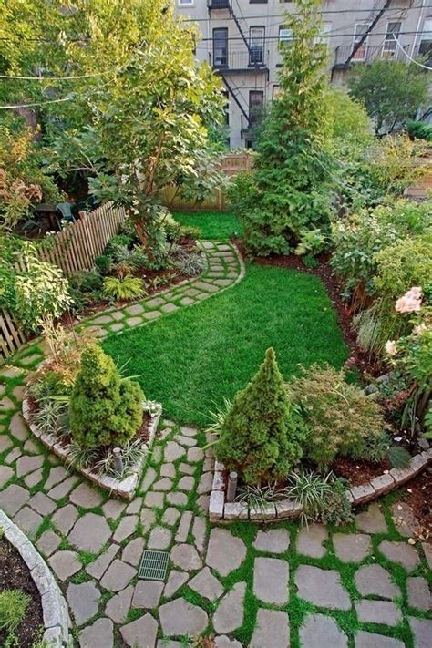 city garden ideas 25 best ideas about townhouse garden on city
