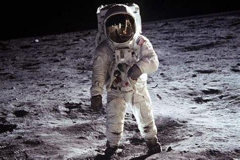 el primer hombre de 8408040006 ranking de muri 243 neil armstrong el primer hombre en pisar la luna listas en 20minutos es