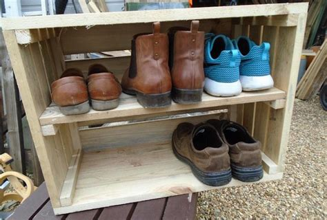 Fabriquer Un Meuble à Chaussures En Bois by Diy Recycler Une Caisse En Bois Deco En 40 Id 233 Es