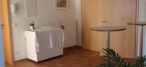 Foyer Raum by Willkommen Seminarraum Ammerbuch