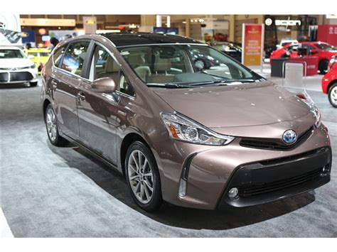 2016 Toyota Prius V Pictures 2016 Toyota Prius V 40 U S News World Report