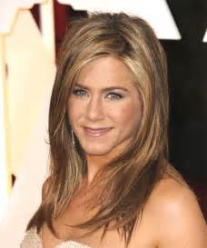 Jennifer aniston long straight casual hairstyle thehairstyler com