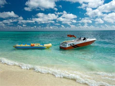 boat ride to bahamas grand bahama island holidays book grand bahama island