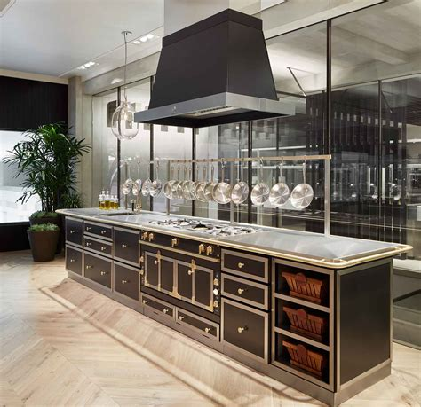 Kitchen Islands With Cooktops by La Cornue Cooktops Gas Amp Electric Ranges Abt