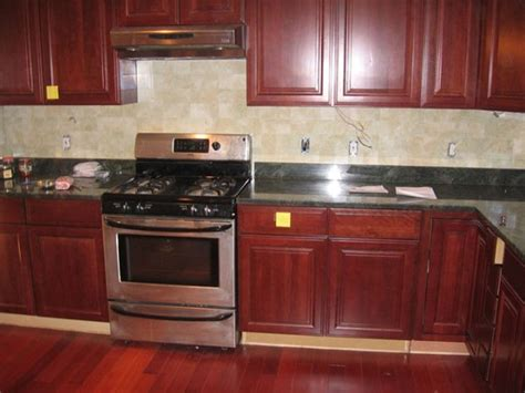 kitchen backsplash cherry cabinets kitchen backsplash ideas cherry cabinets