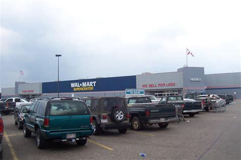 walmart parking lot foley al walmart parking lot photo picture image