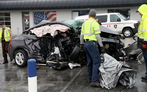 man  fled st louis county police charged  crash  killed  duty firefighter