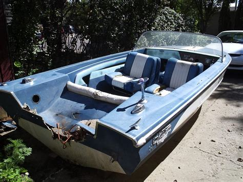 glastron boats for sale regina on hold free glastron aqualift 15 5 boat hull north