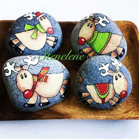 35 Diy Christmas Painted Rock Ideas Bored Art Templates For Painting Rocks