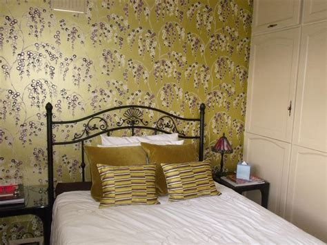 bedroom wall paper feature wall design ideas photos inspiration rightmove home ideas