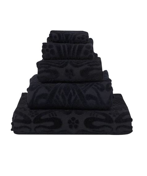 black bathroom towels 1000 images about things to put in my hope chest on pinterest black dinnerware