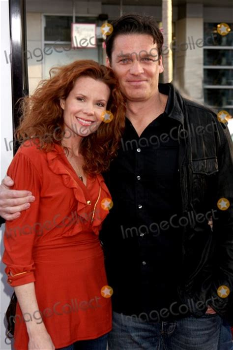 lively wallpaper 17 wallpaper 321 wallpaper photos and pictures robyn lively bart johnson arriving