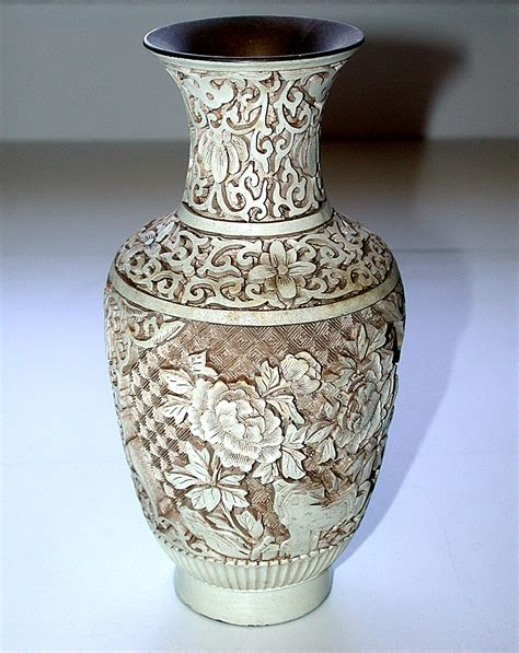 Ching Dynasty Vase by Beautiful Carved 19th Century Ching Dynasty