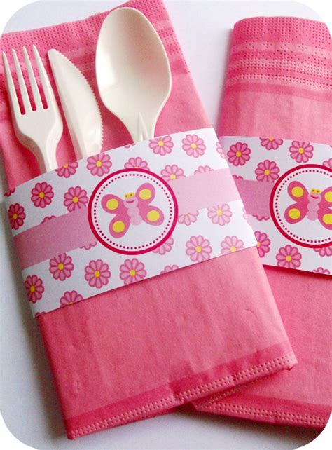 Folding Paper Napkins For - goosie napkin silverware place setting
