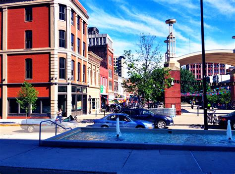 Tn Search Market Square Knoxville Tn Located In Downtown Knoxville Tn