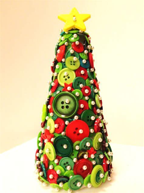 button christmas tree ornament tutorial tip junkie