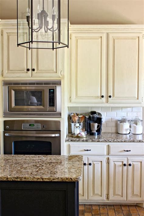subway tile kitchen backsplash dimples and tangles feature friday dimples and tangles southern hospitality