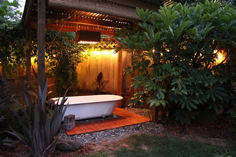 Backyard Bathtub 23 amazing inspirations that take the bathroom outdoors