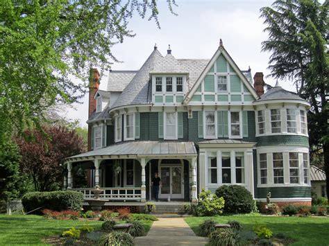 queen anne victorian homes top 15 house designs and architectural styles to ignite