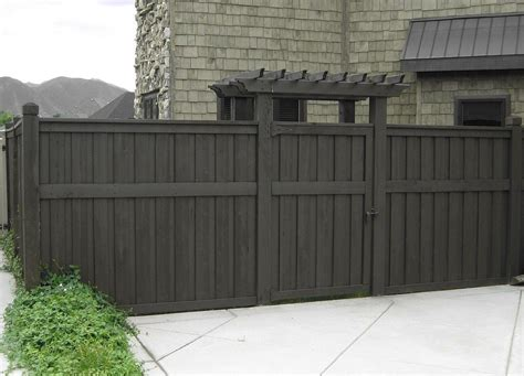 want to stain our fence this color it house