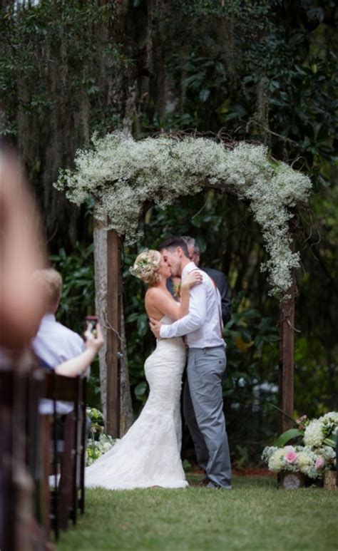 backyard photography ideas backyard southern wedding taylor and justin a chair