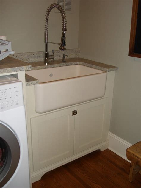 Zup Residence Traditional Laundry Room Charlotte Laundry Room With Sink
