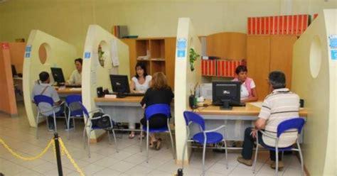 ufficio lavoro pesaro lavoro le ultime offerte opportunit 224 anche all estero