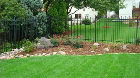 creative backyards garden wall ideas photo video and photos modern home design