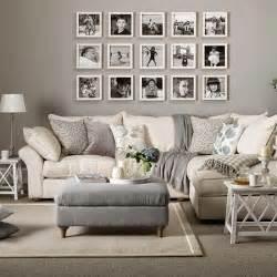 wohnzimmer farbgestaltung 10 ideas para decorar con cuadros sobre el sof 225