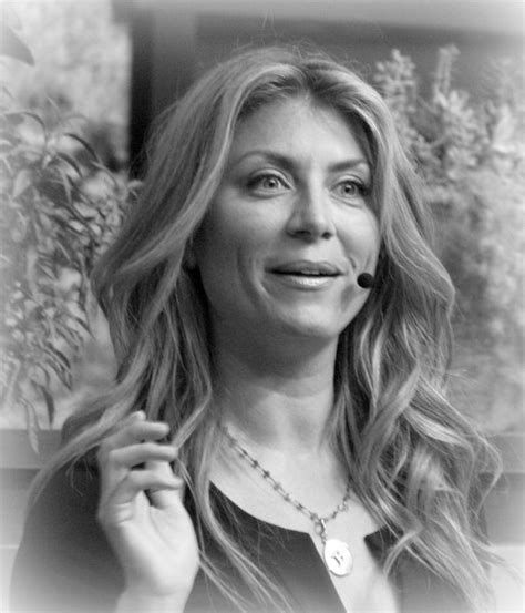 genevieve gorder genevieve gorder of hgtv epcot for the 2012