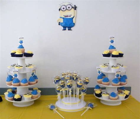 Table Lamp by Planning A Fun Party With Your Minions 10 Adorable Diy