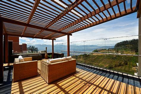 Neues Dach Für Gartenhaus by Terrasse Holz Dekor