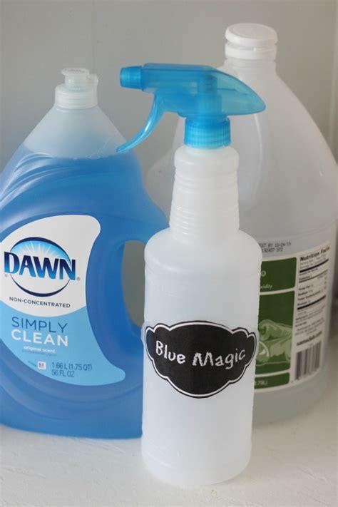easy diy soap scum  bath tub cleaner