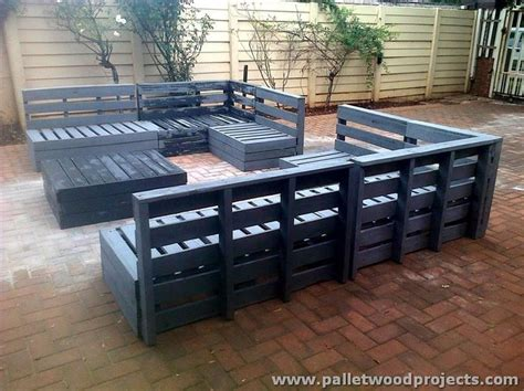 pallet patio furniture plans 695 best pallets garden patio images on diy