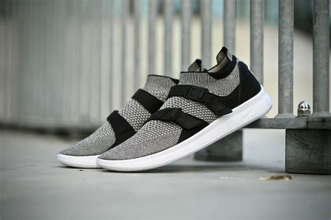 Nike Air Sock Racer Ultra Flyknit Grey Or Black nike air sock racer ultra flyknit black pale grey
