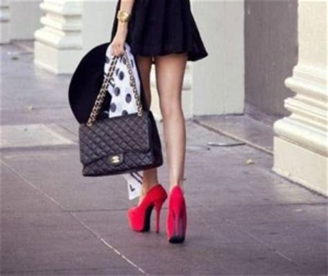 how to walk in heels comfortably how to walk comfortably in heels without wobbling lifecrust