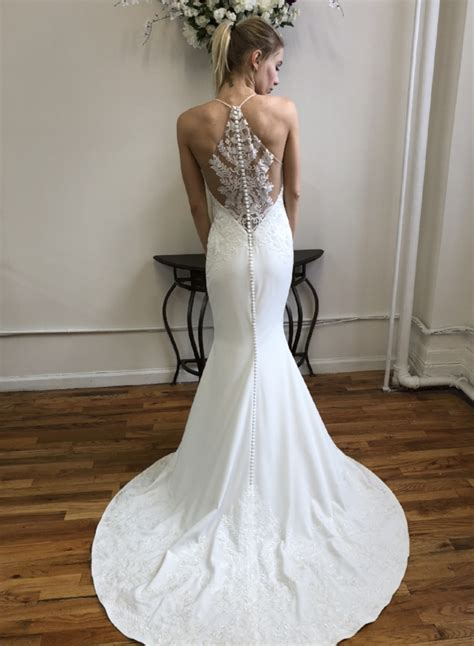 chic simple wedding gowns for the minimalist faetanini