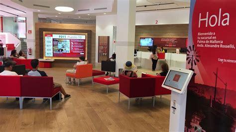 central del banco santander banco santander presenta su oficina smart red en palma de