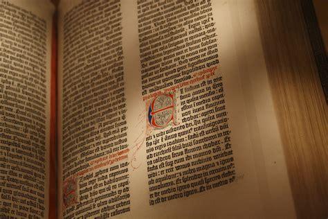 gutenberg bible wikipedia file gutenberg bible new york public library usa pic 03