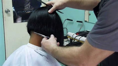 zero degree haircut coming down in a slight v shape girl 180 s bob hair cut youtube