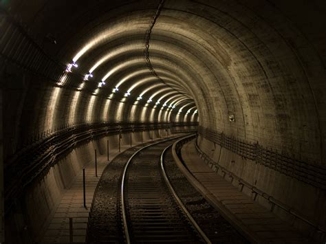 imagenes de web tunnel file tunnelr 246 hre u bahn station richtung hbf max weber
