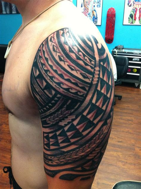 native flesh tattoo hawaiian arm sleeve polynesian tattoos