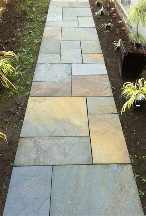 Landscape Edging Toronto Bluestone Walkway Traditional Landscape Portland