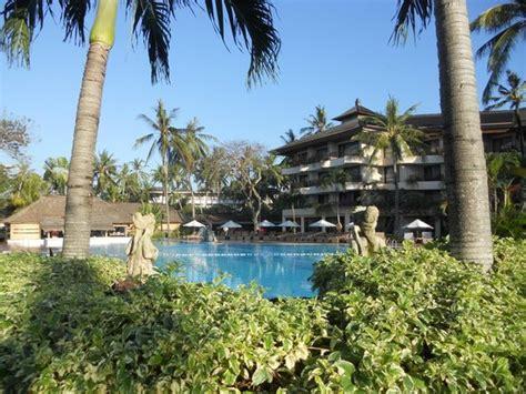 vista piscina grande picture  prama sanur beach bali